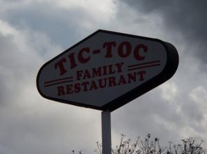 Tic Toc Sign